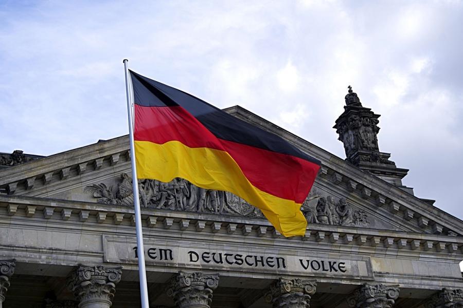 Niemcy wprowadzają czasowe kontrole na granicach