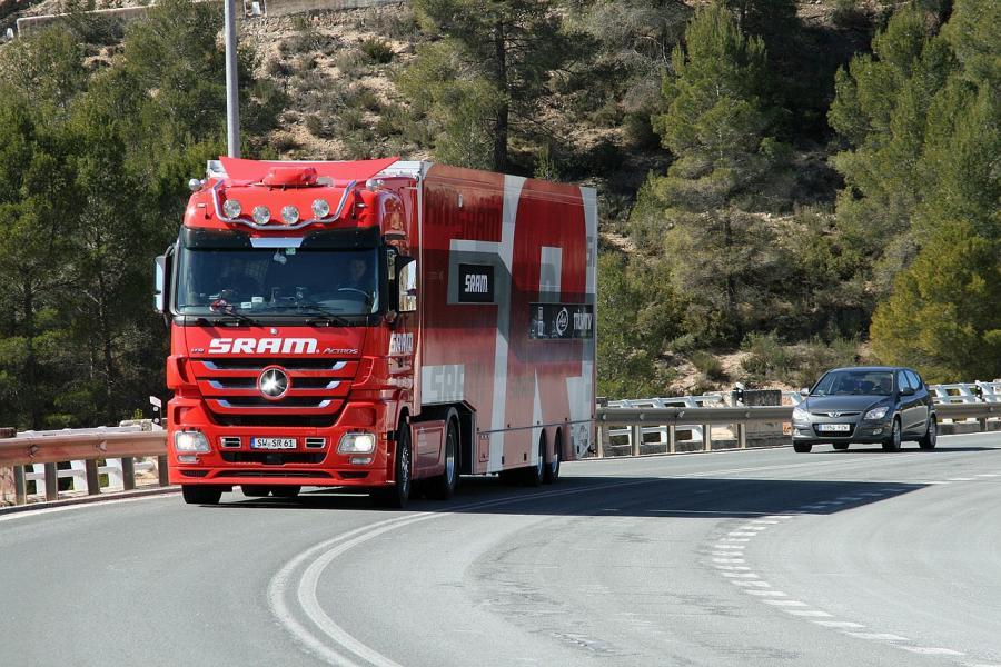 Wakacyjne ograniczenia w ruchu ciężarówek