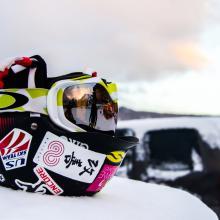 Na nartach po Europie – w których krajach zapłacisz mandat za brak kasku?